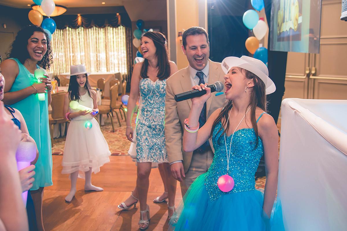 Singing with Fake Mic