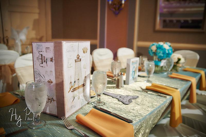 Bat Mitzvah Table Setting, Paris Theme