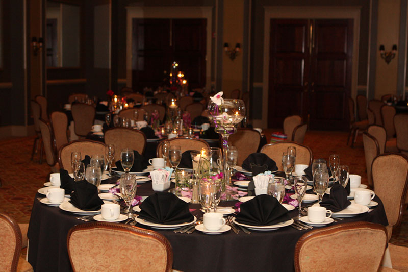 Black Linen Tablescape