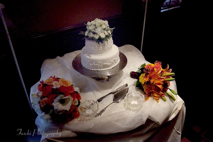 wedding-cake-for-an-intimate-wedding